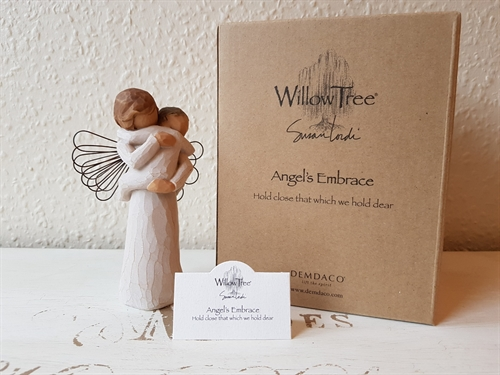Willow Tree - Angels embrace